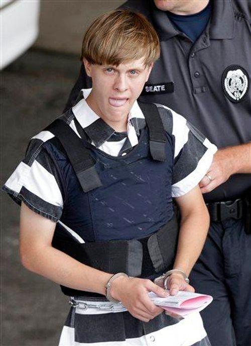 Mỹ bắt nghi phạm vụ xả súng thảm khốc vào nhà thờ làm 9 người chết - Ảnh 1