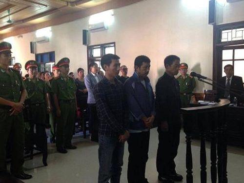 Vụ sập giàn giáo tại Fomosa: Hoãn phiên xử vì bị cáo ốm - Ảnh 1