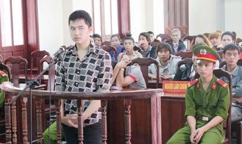 Một ca sĩ bị phạt 10 năm tù vì đâm chết đồng nghiệp - Ảnh 1