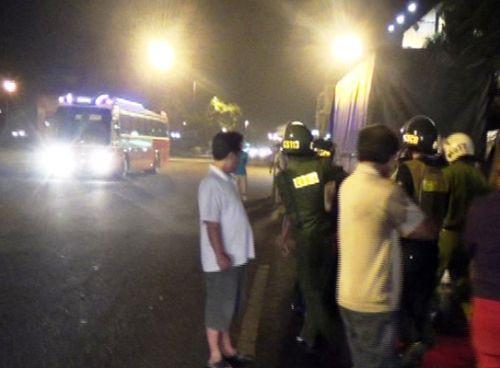 Công an nổ súng bắt giữ nhóm thanh niên chuẩn bị hỗn chiến - Ảnh 1