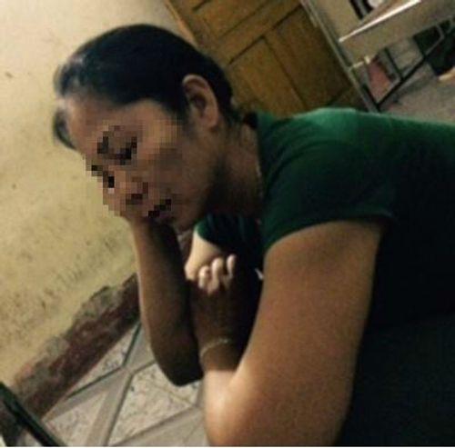 Đang bế cháu, người phụ nữ bị côn đồ hành hung nhập viện - Ảnh 2