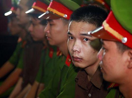Vụ sát hại 6 người ở Bình Phước: VKS bác bỏ mọi kháng cáo, đề nghị tuyên y án - Ảnh 1