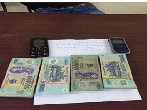 Bị trộm tài sản khi vào nhà nghỉ với cô gái 18 tuổi quen qua Facebook - Ảnh 1
