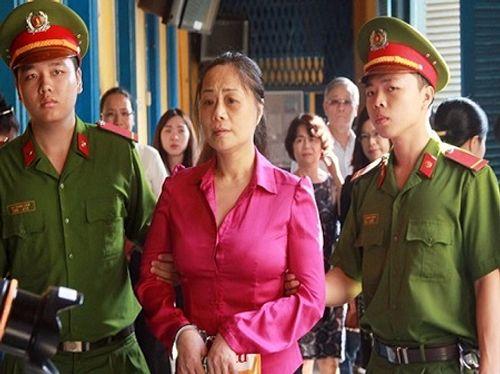 """Hoa hậu quý bà Trương Thị Tuyết Nga """"lật kèo"""" tại tòa - Ảnh 1"""