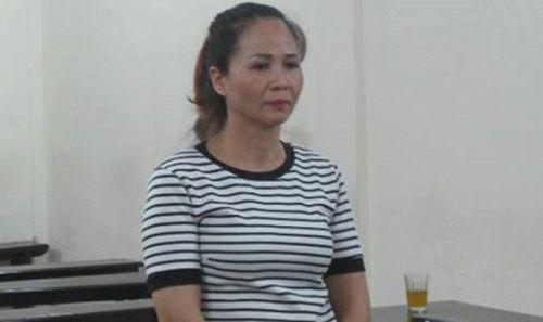 Buôn hàng giả, nữ phó giám đốc lĩnh án tù - Ảnh 1