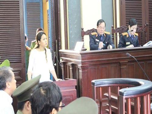 """Xử vụ Ngân hàng Xây dựng: Bà Trần Ngọc Bích nói """"không quen"""" Phạm Công Danh - Ảnh 1"""