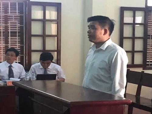"""Hoãn phiên tòa xét xử """"trùm"""" lừa đảo MB 24 Vũ Ngọc Thuyển - Ảnh 1"""