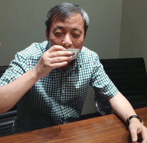 Đại gia chi gần 700 tỷ mua chén cho con trai uống trà  - Ảnh 1