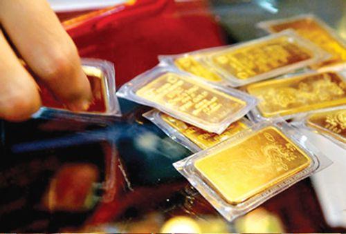 Giá vàng hôm nay 18/11: Giá vàng SJC giảm 130.000 đồng/lượng - Ảnh 1