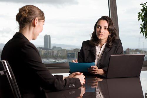 Bí quyết thuyết phục cấp trên hiệu quả để được tăng lương - Ảnh 1