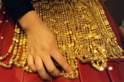 Giá vàng hôm nay 7/11: Giá vàng SJC sát mốc 33 triệu đồng/lượng - Ảnh 1