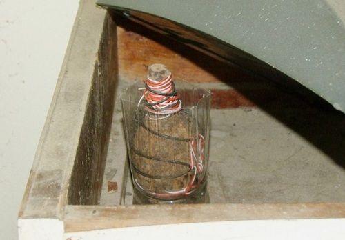 Hà Nội: Lựu đạn, ma túy trong nhà cán bộ chi cục thuế - Ảnh 2
