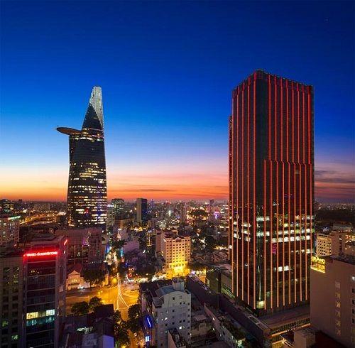 """Đại gia sở hữu khách sạn 320 triệu/đêm tại SG """"khủng"""" cỡ nào? - Ảnh 1"""