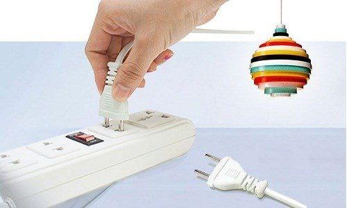 Những kiểu tiết kiệm điện gây tốn điện khủng khiếp - Ảnh 1