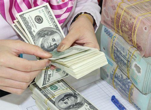Tỷ giá USD tiếp tục tăng, NHNN khẳng định sẽ chủ động điều chỉnh - Ảnh 1