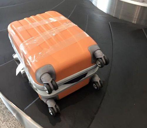 Bộ trưởng Đinh La Thăng lên tiếng về việc mất cắp hành lý ở sân bay - Ảnh 1