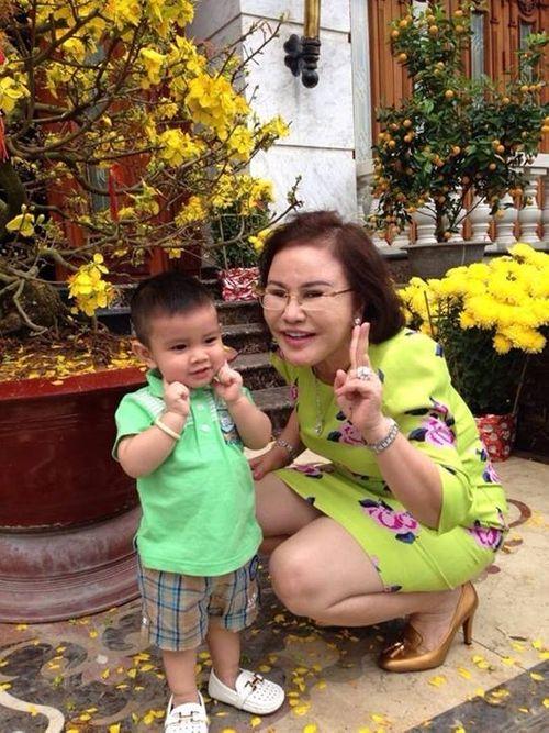 """Quyền lực """"khủng"""" của """"mẹ chồng đại gia độc đoán"""" MC Quỳnh Chi - Ảnh 6"""