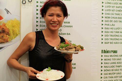 """2 quán ăn """"hốt bạc của người mẫu Trang Trần - Ảnh 3"""