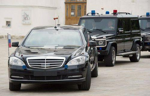 2 chiếc Limousine chống đạn của Bộ Ngoại giao đã về Việt Nam - Ảnh 7