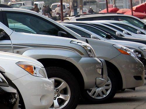 Phí mới với xe ô tô dưới 7 chỗ: Không làm tăng giá xe? - Ảnh 1