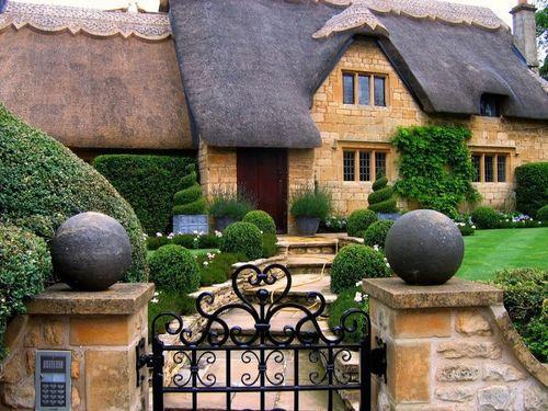 Ngất ngây trước kiến trúc của ngôi làng bước ra từ thế giới cổ tích - Ảnh 15