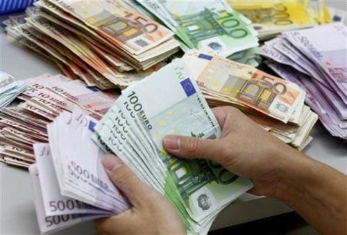 Khủng hoảng nợ ở Hy Lạp: Cứu cách nào? - Ảnh 2