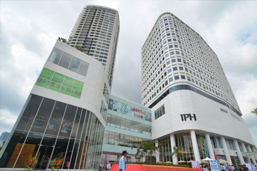 Đại gia chi hơn 2000 tỷ mua Indochina Plaza Hà Nội giàu cỡ nào? - Ảnh 1