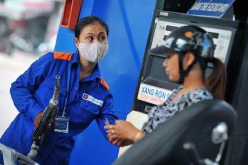 Giá xăng không giảm, chỉ giảm nhẹ giá dầu từ 15h30 hôm nay 4/6 - Ảnh 1