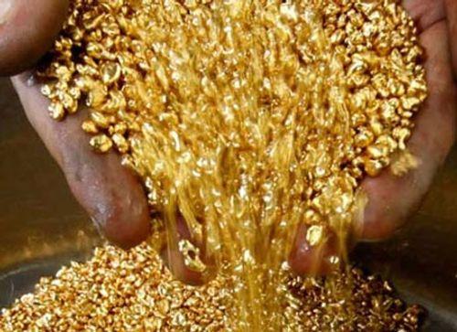 Giá vàng hôm nay 1/5: Giá vàng SJC tăng mạnh, vượt mốc 34 triệu đồng/lượng - Ảnh 1