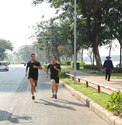 """Runner IronMan Hoàng Lê Giang: """"Giới hạn chỉ là nguỵ biện của sợ hãi"""" - Ảnh 1"""