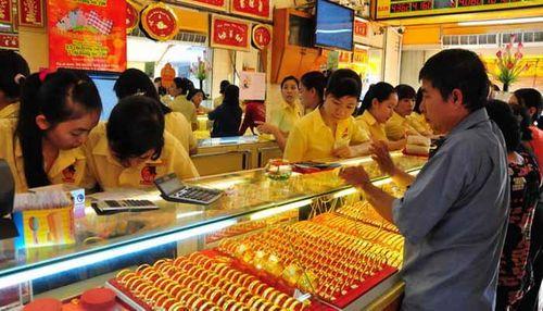 Giá vàng hôm nay 16/7: Giá vàng SJC tăng 230.000 đồng/lượng - Ảnh 1