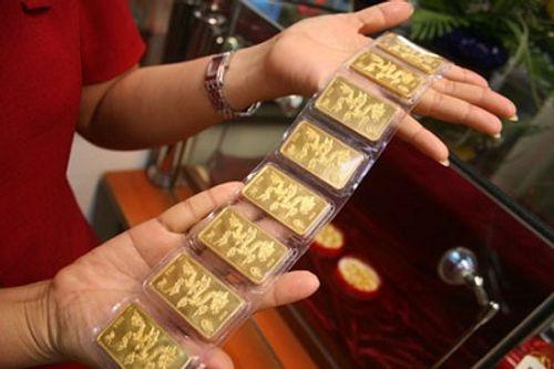 Giá vàng hôm nay 27/7: Giá vàng SJC giảm 30.000 đồng/lượng - Ảnh 1