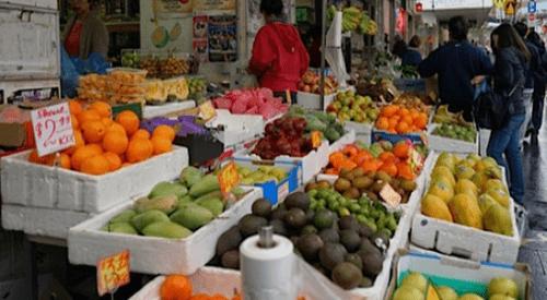 Trái cây nhập khẩu bán tại chợ cóc, hàng rong: Cam kết chất lượng bằng...miệng - Ảnh 2