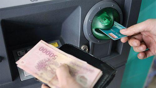 Chính thức nâng hạn mức rút tiền tại ATM  - Ảnh 1