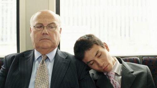 Công ty thưởng tiền cho nhân viên...ngủ khỏe - Ảnh 1