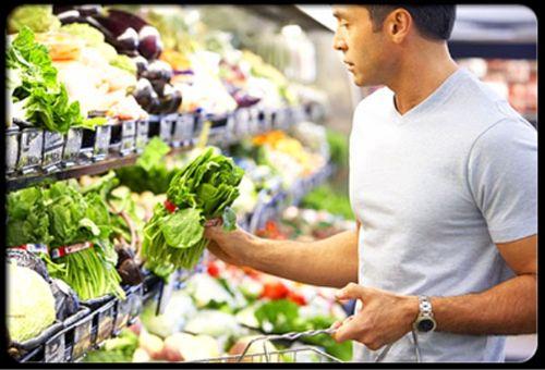 Mẹo hay chọn mua thực phẩm tươi ngon, an toàn - Ảnh 1