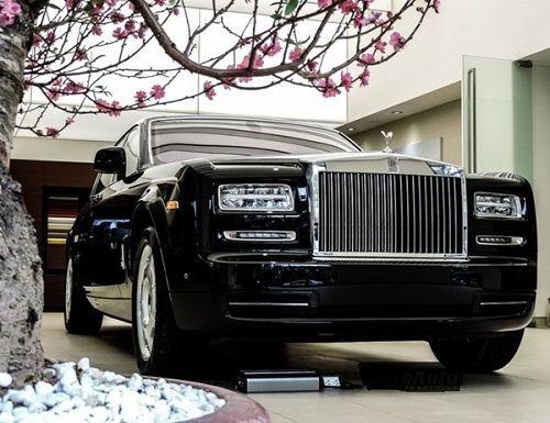 """""""Suýt ngất"""" vì giá xe ô tô có loại tăng 30 tỷ đồng chỉ sau 1 đêm - Ảnh 2"""
