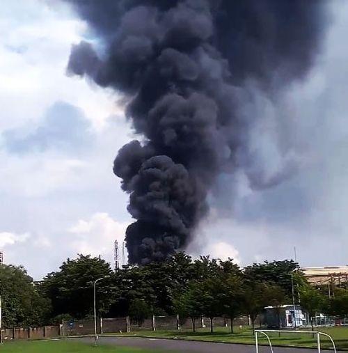 Khói bốc cao sau tiếng nổ lớn trong Công ty Vedan - Ảnh 1