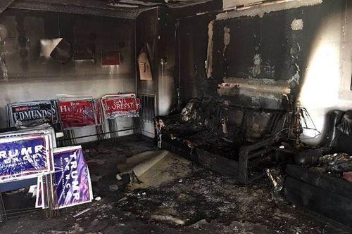 Mỹ: Văn phòng Đảng Cộng hòa tại Bắc Carolina bị phóng hỏa - Ảnh 1