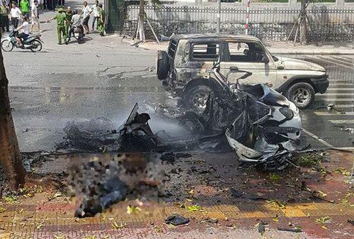 Quảng Ninh: Taxi đang chạy bỗng phát nổ, 2 người tử vong - Ảnh 2
