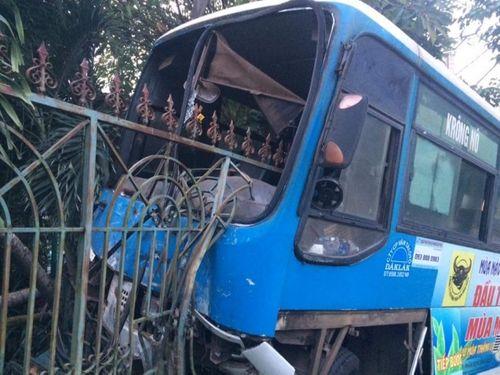 Tin tai nạn giao thông mới nhất ngày 2/11 - Ảnh 1