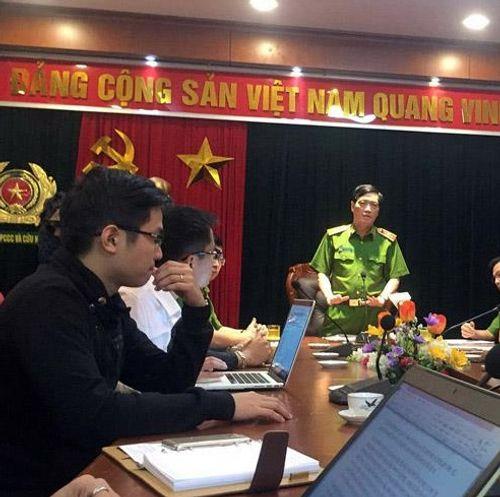 Họp báo vụ cháy quán karaoke 68 Trần Thái Tông làm 13 người thiệt mạng - Ảnh 1