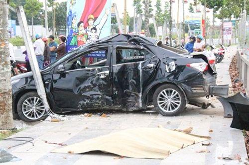Tin tai nạn giao thông mới nhất ngày 19/12 - Ảnh 1