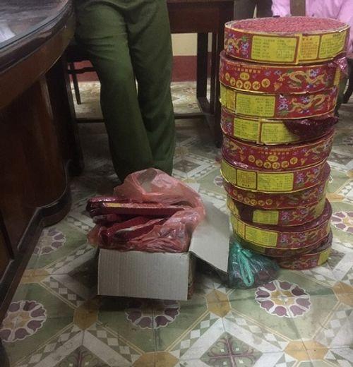 Thái Nguyên: Phát hiện, thu giữ hàng chục kg pháo nổ - Ảnh 1