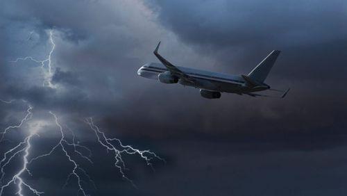 Nhiều hãng hàng không ngừng chuyến bay đến Hải Phòng - Ảnh 1