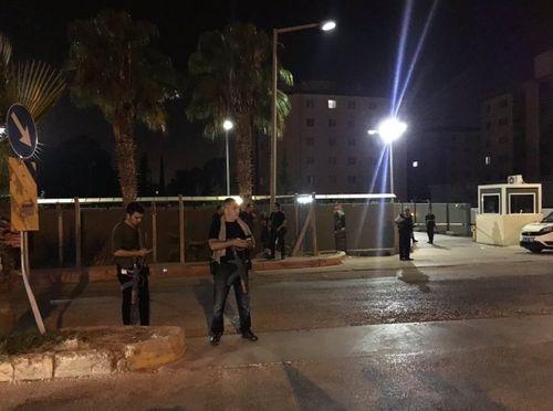 7.000 cảnh sát Thổ Nhĩ Kỳ phong tỏa căn cứ không quân NATO - Ảnh 1