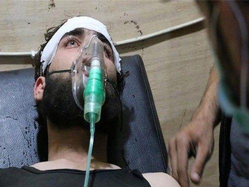 Thua trận, IS sử dụng chất hóa học tấn công Chính phủ Raqqa - Ảnh 1