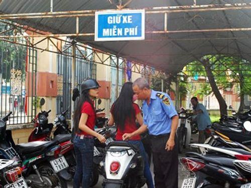 TP HCM: Trông xe miễn phí cho người dân đến làm việc - Ảnh 1
