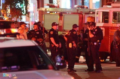 Hiện trường vụ nổ lớn ở New York khiến 29 người bị thương - Ảnh 1