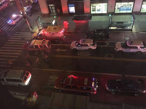 Hiện trường vụ nổ lớn ở New York khiến 29 người bị thương - Ảnh 12